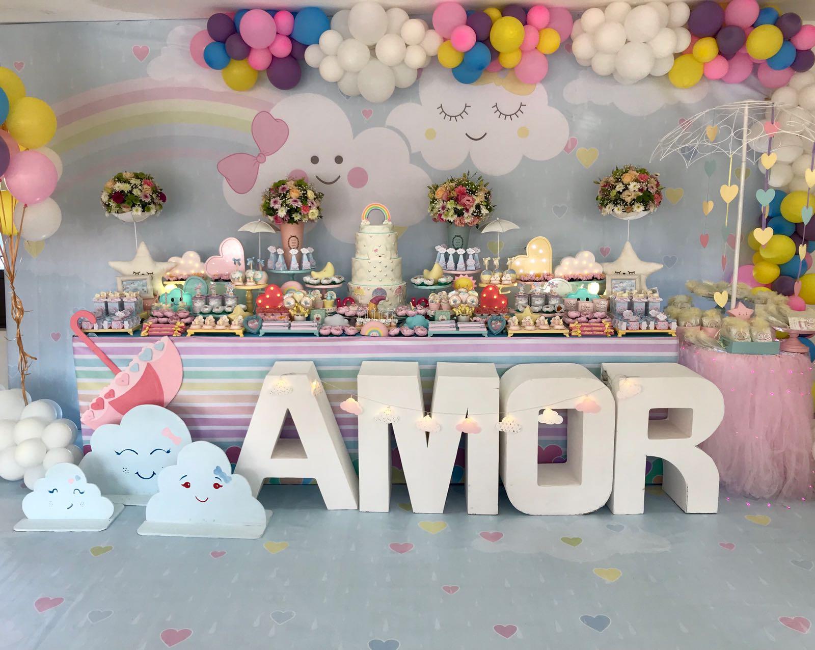 Festa'Chuva de Amor' 1 u00ba Aniversário Maria Vitória Les Demoiselles EXCEL u00caNCIA NO SEU  -> Decoração Festa Aniversario Chuva De Amor